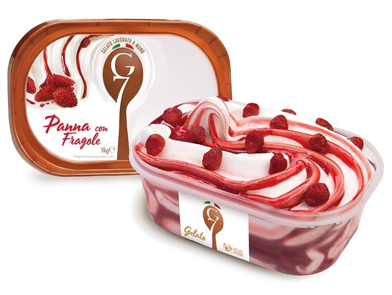 Panna con fragole